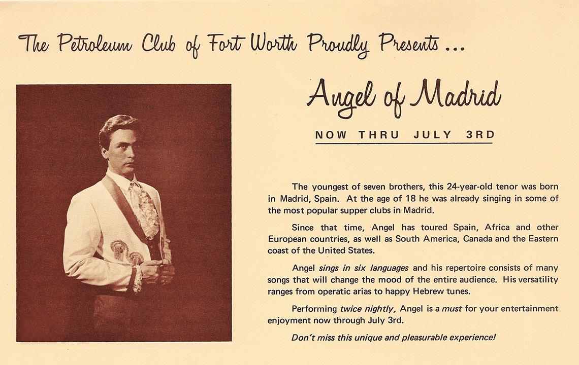 20 - Publicidad de Angel de No en una de su presentaciones