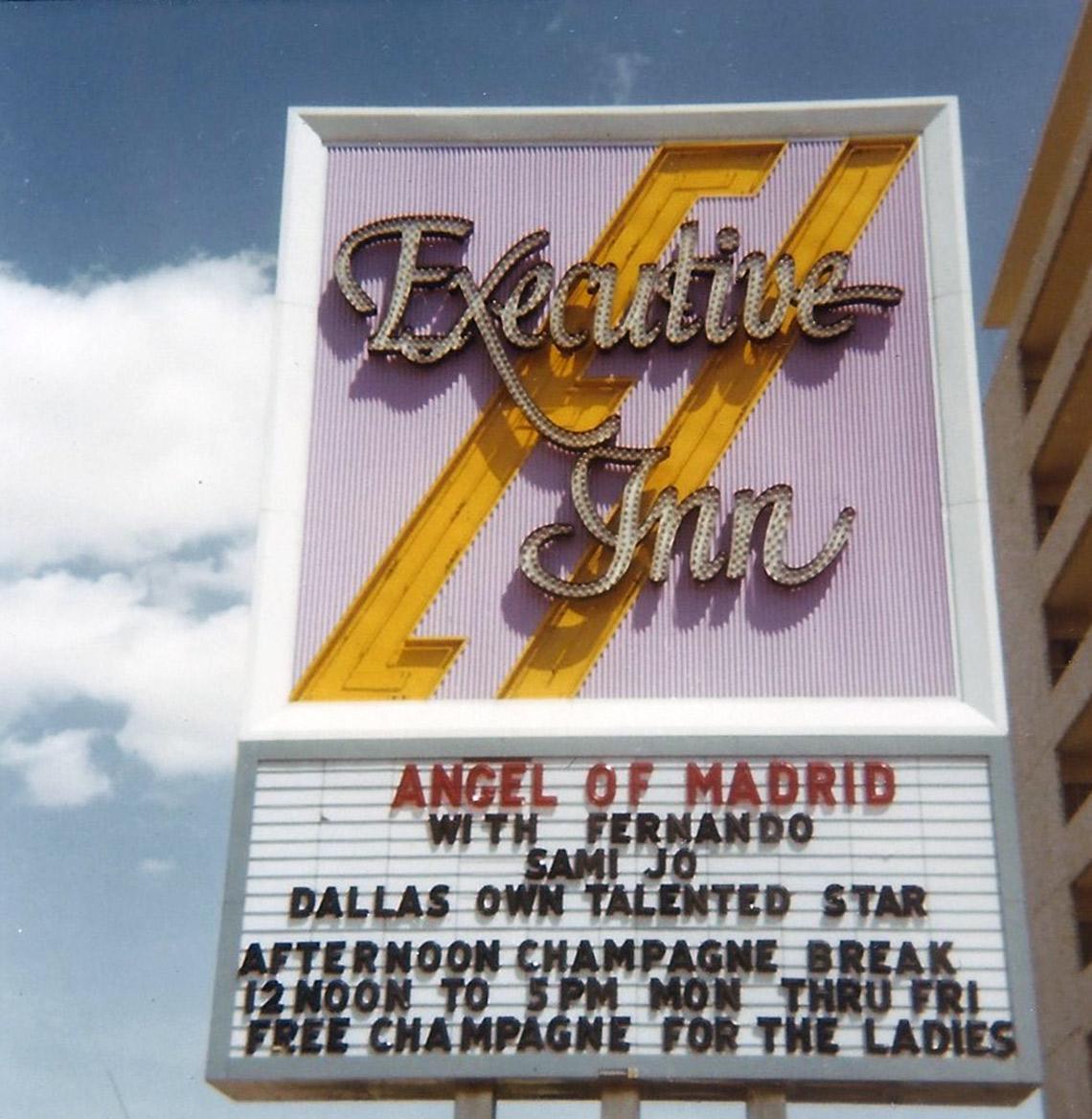 27 - Anuncio de la presentación de Angel de No en Dallas