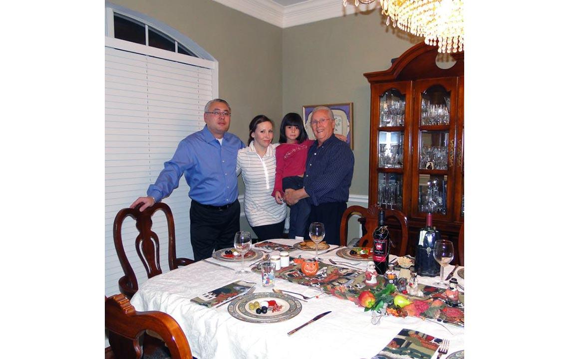 12 - Julian, mi hija Angelica, mi nieta Amelie y yo