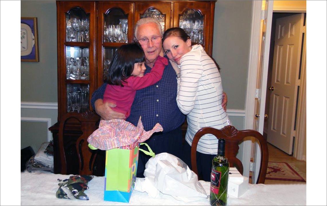 6 - Mi nieta Amelie, yo y mi hija Angelica