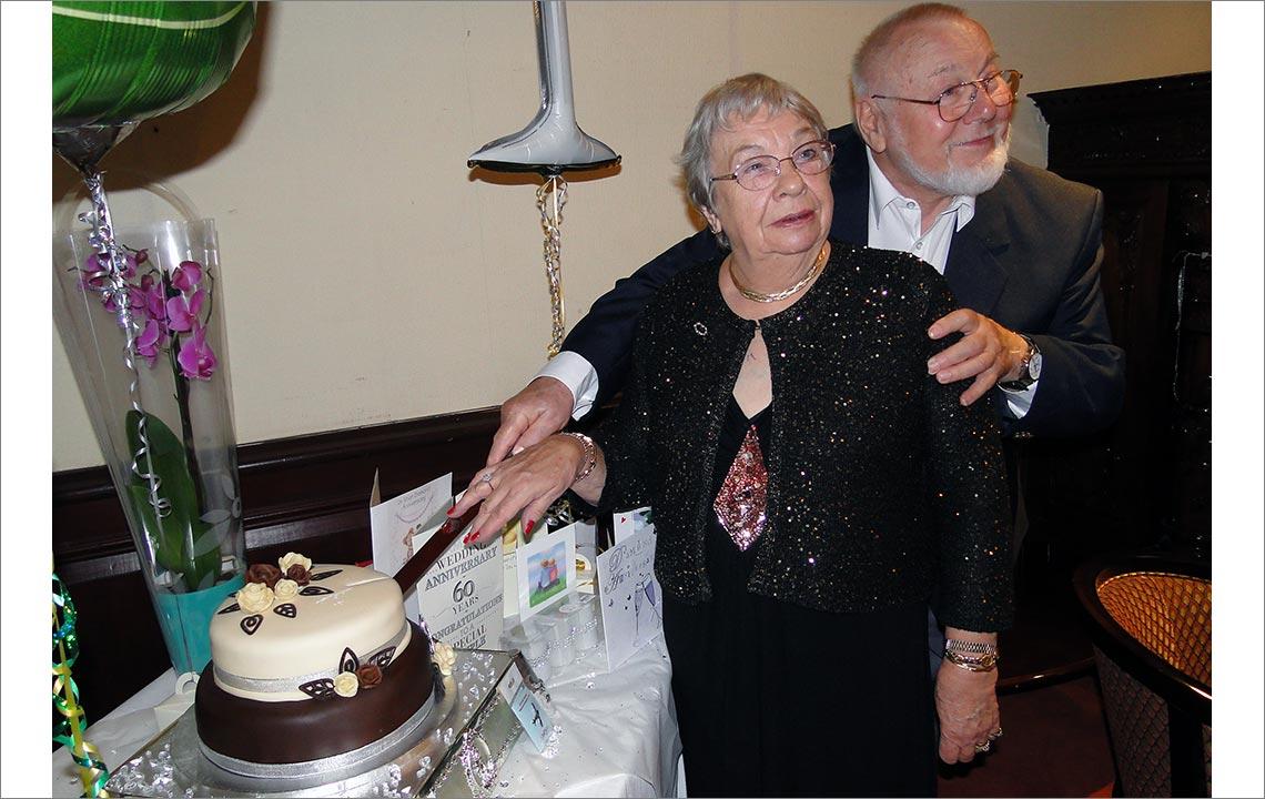 Celebrando los 60 años de casados
